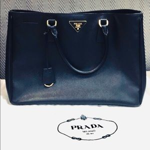 d10e25584bcbb7 Women's Prada Saffiano Leather Handbags | Poshmark